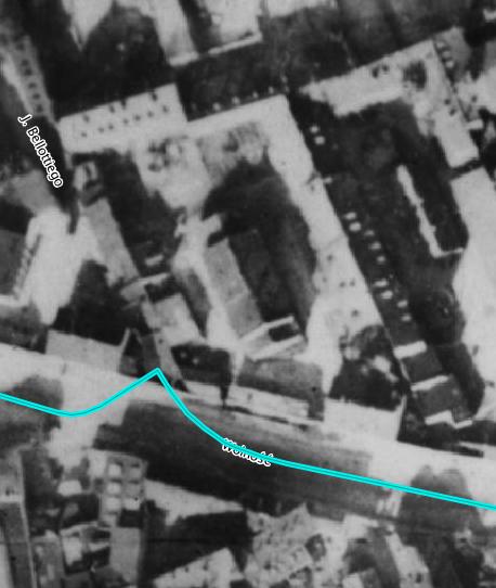 Zdjęcie lotnicze z1935 roku, naktórym widać omawianą działkę