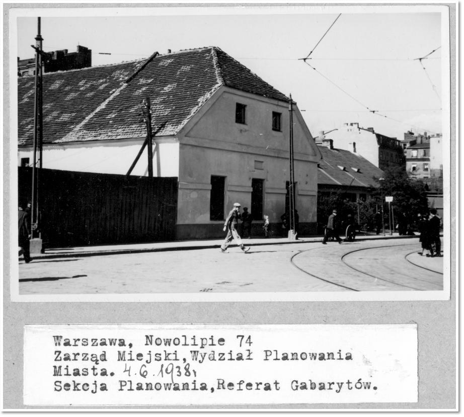Zakręt tramwajowy naskrzyżowaniu Żelaznej iNowolipia przedwojną, fot.Archiwum Państwowe wWarszawie
