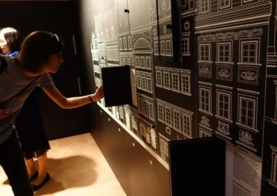 Co kryją w sobie kamienice Muzeum Warszawy?