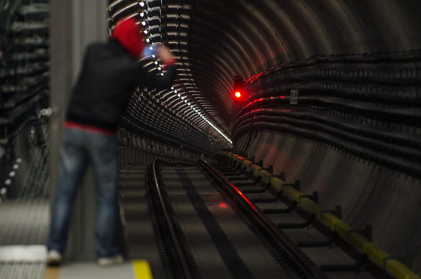 2. linia metra już działa. Zobacz film