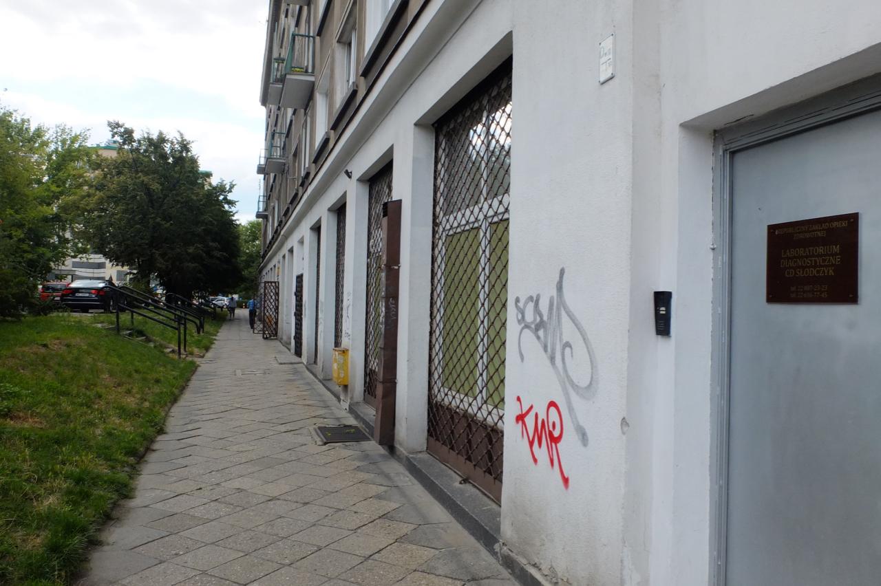 Dom przy ul.Wolność 2, położony wobrębie omawianej działki